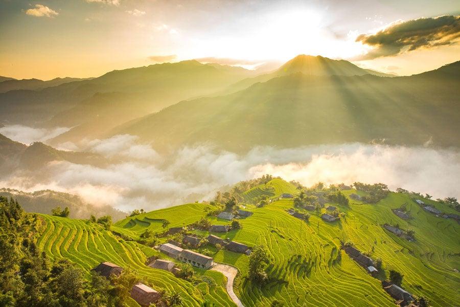 Bắt gặp một Hà Giang vào những ngày lúa chín trải dài trên ruộng bậc thang
